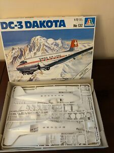 1/72 DC-3 DAKOTA C-47 Passenger Airliner Swiss/British/German/French Italeri Kit