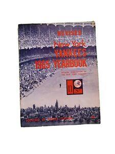 1965 New York Yankees REVISED Baseball Yearbook, Mantle, Maris