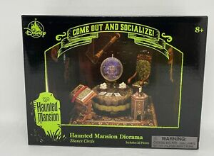 Disney Parks Haunted Mansion Diorama Madame Leota 22 Pieces New with Box