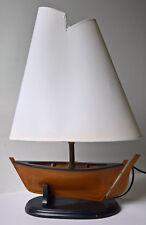 Stilvolle Tischlampe Tischleuchte Holz Segelboot Stoff Lampenschirm 54 cm hoch