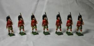 8 JoHillco HIghlanders J. Hill Co. Highland Lead Soldier Britain