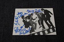 THE NIGHTHAWKS signed Autogramm auf 10x15 cm Autogrammkarte InPerson LOOK