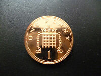 1985 PROOF 1P COIN HOUSED IN A NEW CAPSULE, 1985 PROOF PENNY PIECE.