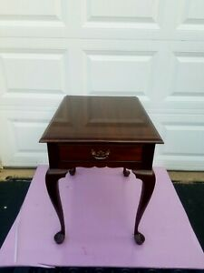 Leonard STICKLEY  Cherry  QUEEN ANNE Style side table _  End  table