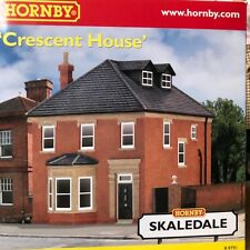 HORNBY SKALEDALE CRESCENT HOUSE   NEW