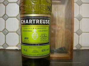 Chartreuse Reine des Liqueurs 2010 .