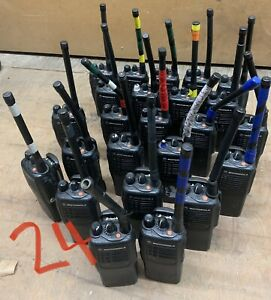MOTOROLA HT750 MODEL AAH25KDC9AA2AN
