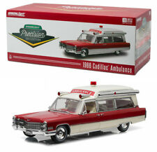 1966 Cadillac Ambulance S&S 48 in 1:18 GreenLight Precision Collection 18003
