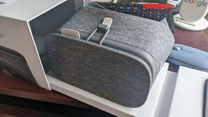 Google Daydream View VR Headset - Slate - NEW - Original Packaging