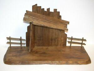 Stall - Krippe HOLZ OBERAMMERGAU Handarbeit gemarktet - älter