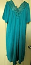 Shadowline Lingerie Short embroidered lace button robe Size 3X Teal Style 77275