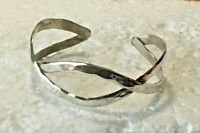Vtg solid sterling silver HAMMERED CRISS CROSS CUFF BANGLE 2.25 in. BRACELET 925
