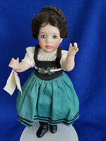 Clearance SALE! Porcelain Snow White by Wendy Lawton #418/500