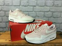 NIKE LADIES UK 3 EU 36 BARELY ROSE WHITE AIR MAX 1 TRAINERS PASTEL LG