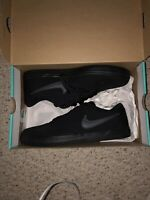 NIKE SB CHECK SOLAR CANVAS BLACK SZ 10 M / 11.5 W