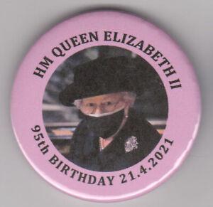 HM Queen Elizabeth II souvenir badge for 95th birthday in April 2021 - royal pin