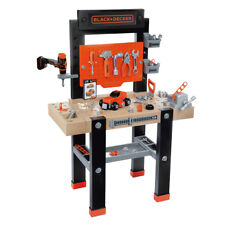 The Star Black and Decker Bricolo Center Tool Workbench by Simba Smoby 360701