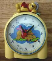 "Rare Vintage Disney Winnie The Pooh ""Dreams of Hunny"" Battery Alarm Clock WORKS!"