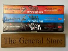 The Hunger Games - Trilogy Paperback Books Boxset - Suzanne Collins - 3 Books
