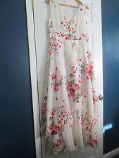 The Paragon Women's Medium Garden of Roses Dress