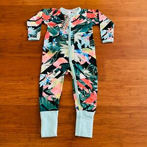 Bonds Green Blue White Pink Red Floral Leaves Zip Wondersuit Size 1 BNWT