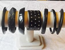 VINTAGE & RETRO LUCITE MIXED BLACKS BANGLE COLLECTION LOT OF 7 WOW