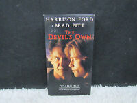 1997 The Devil's Own Harrison Ford and Brad Pitt, Columbia Pictures Presents VHS