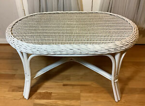 Vintage Hand Woven White Bamboo & Rattan Oval Coffee Table Made In Philippines