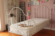 CARINA SHERLOCK HEAVY IRON DAYBED SINGLE BED CAST RRP$1200off white EXCELNT COND