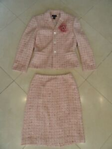 Ann Taylor Women's 2-Piece Wool 3 Button Skirt Suite, Pink/White Size 6 and 8.