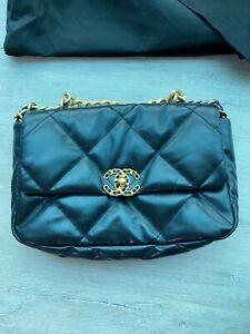 Chanel 19 flap bag black