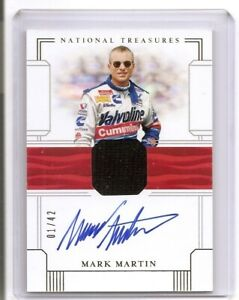 2020 National Treasures Mark Martin Firesuit Signatures Auto Card 01/42