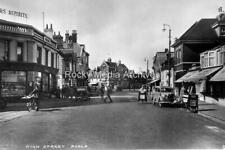 Wfg-34 Animated, High Street, Poole, Dorset. Photo