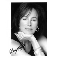 Hillary B. Smith Autographed / Signed 8x10 Photo