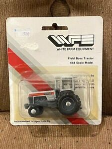Vintage Scale Models 1/64 White 2-135 Field Boss tractor (1st Edition)