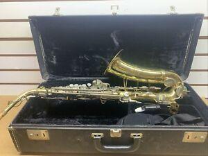 Buescher 400 alto saxophone With Hard Case