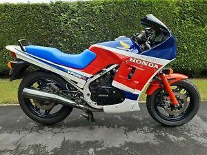 Honda VF500F2 Interceptor, V4 Classic / Retro