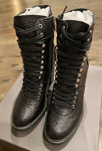 NEW Vince Camuto Women's Ermania Leather Lug Sole Chunky Heeled Combat Boot 8.5