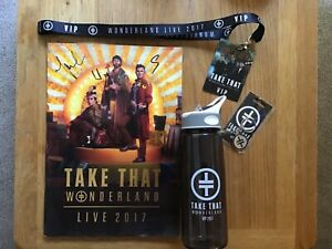 TAKE THAT WONDERLAND TOUR 2017, SIGNED BOOK, LANYARD, BOTTLE, KEYRING BUNDLE