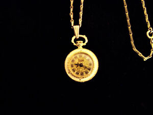 Womens Vintage SHEFFIELD Gold Tone Necklace Pendant Mechanical Watch