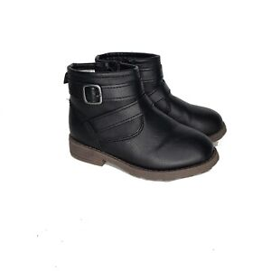 Girls Carters Boots Size 8 Toddler Black  Bootie Ankle Strap Fall Winter Holiday