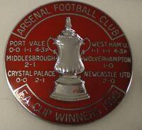 ARSENAL FOOTBALL CLUB - F.A. CUP WINNERS 1998 Enamel Pin Badge