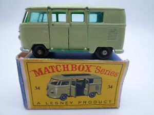 VINTAGE MATCHBOX LESNEY No.34b VOLKSWAGEN SPLIT SCREEN BUS IN ORIGINAL BOX 1962