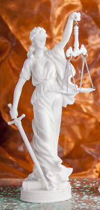 Justizia Göttin der Gerechtigkeit aus Kunstharz 28 cm Figur Statue Skulptur