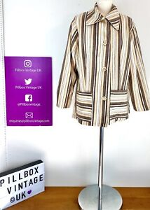 1960s Size 12/14 Beige Brown Stripe Dagger Collar Deckchair Blazer Jacket