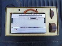 VINTAGE ANTIQUE OLD NATIONAL TRANSISTOR RADIO IN BOX