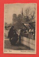 PARIS - Notre Dame et les bouquinistes     (J5167)