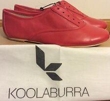 Koolaburra Britt Leather Oxford Chili (Red) Color Size 6 Laceless, Elastic New