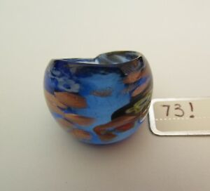 A BLUE  MILLIFIORE MURANO STYLE GLASS RING. UK-M/N. US-6.5.  (73!)