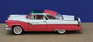 Franklin Mint 1:24 1955 Ford Crown Victoria Pink/ White Not Boxed No rear Bumper